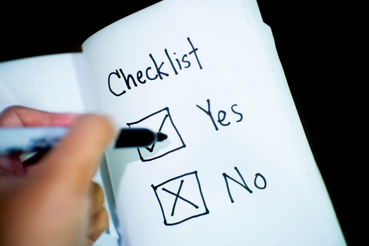 Yes and No ticked on a checklist